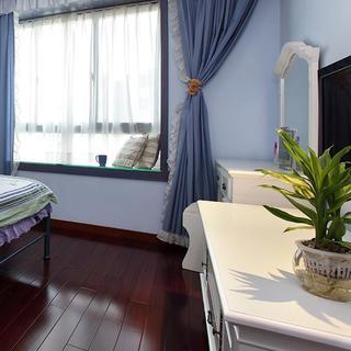 140平地中海三居室装修飘窗设计