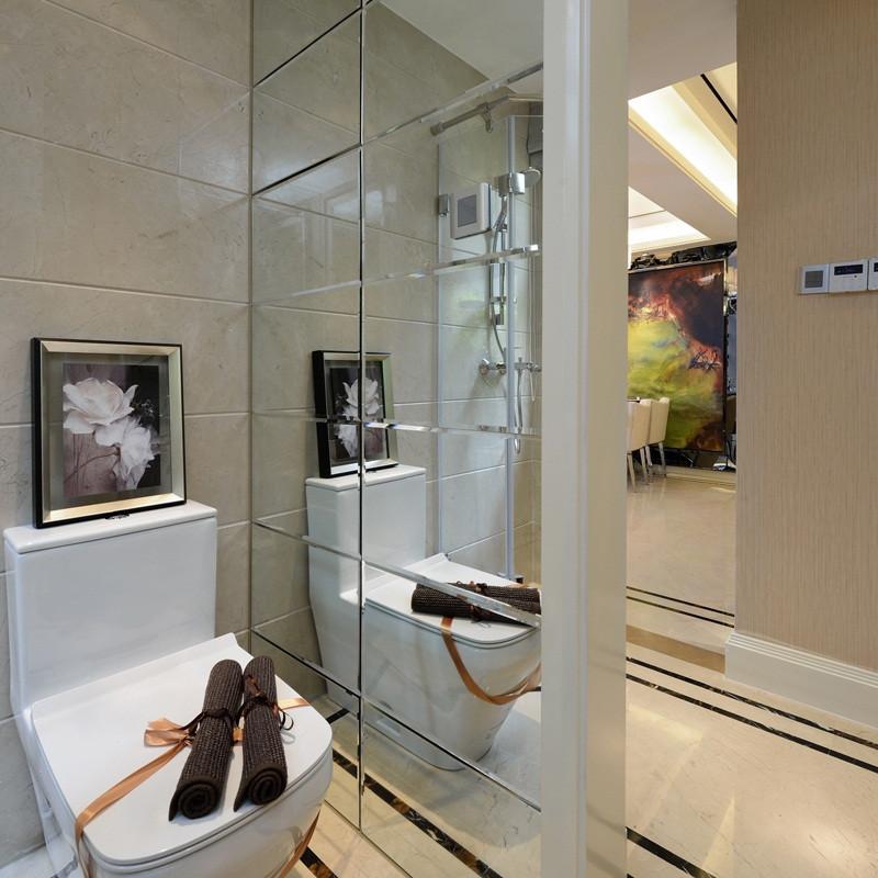 现代简约风格样板间装修卫生间效果图