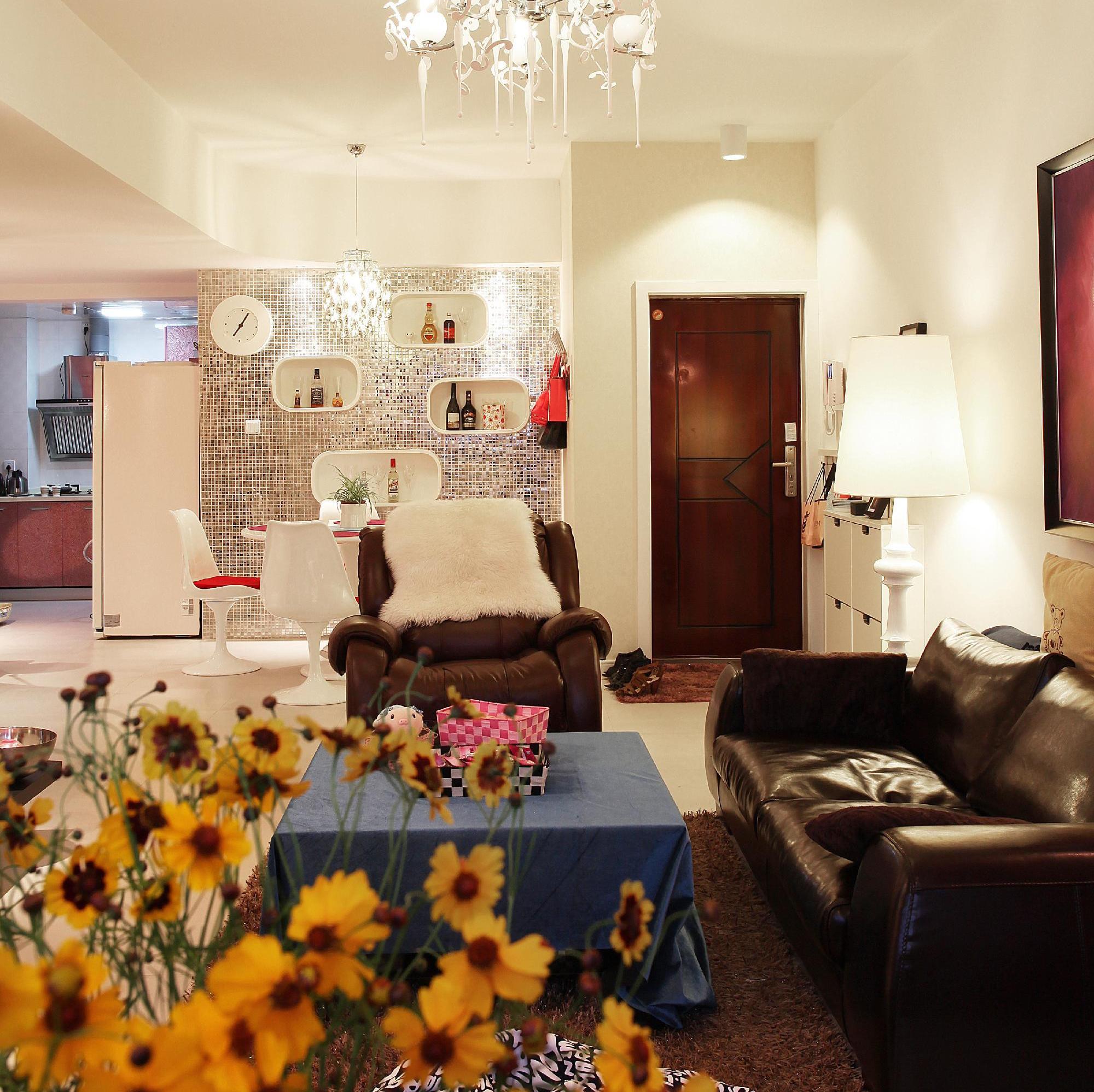 70平两居室装修沙发图片