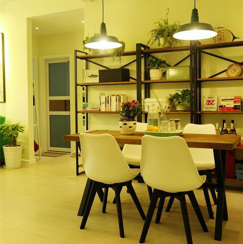 Loft风格两居室装修餐厅布置图