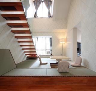 现代复式三居室装修榻榻米娱乐区