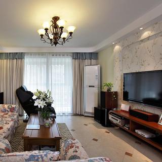140平地中海三居室装修电视背景墙设计