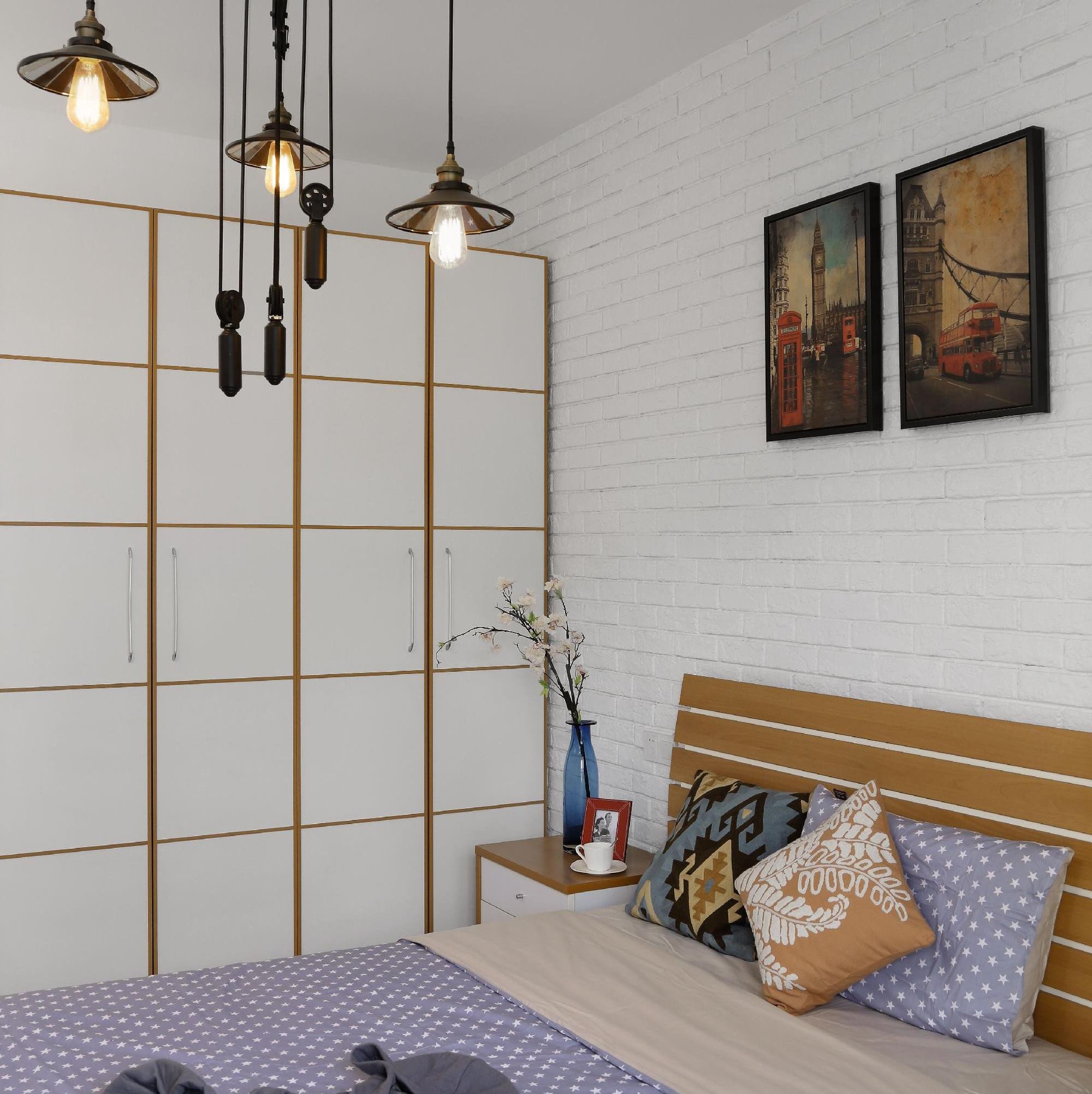 140平美式混搭三居装修卧室设计图