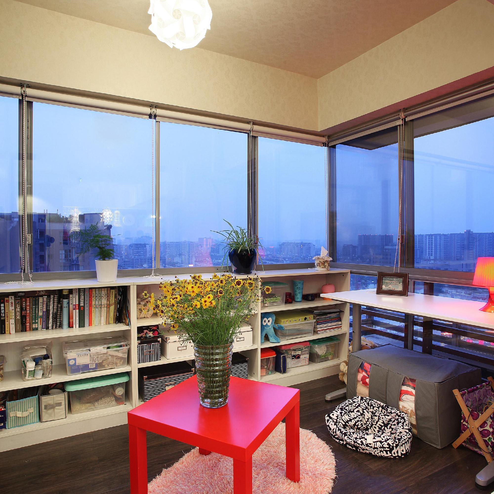 70平两居室装修书房参考图