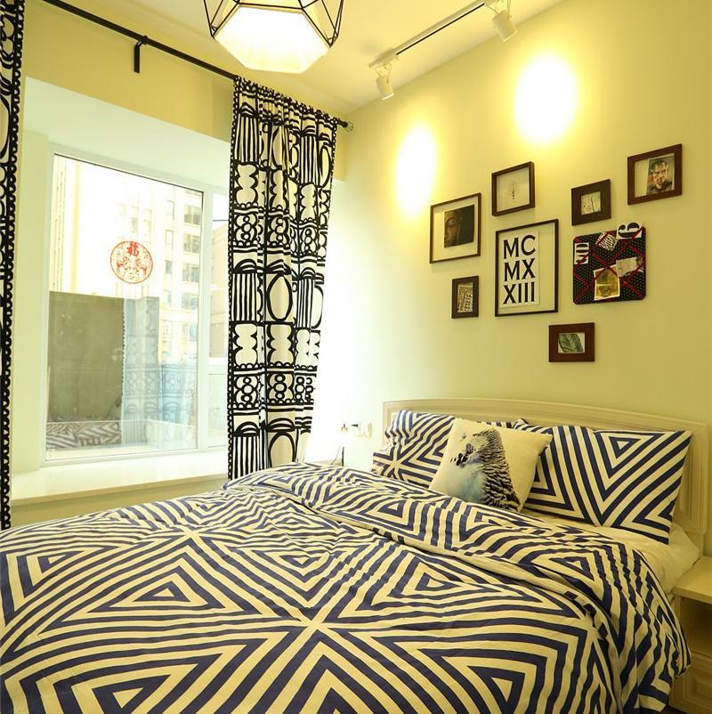 Loft风格两居室装修卧室搭配图