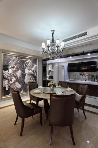 130平奢华新古典装修餐厅效果图