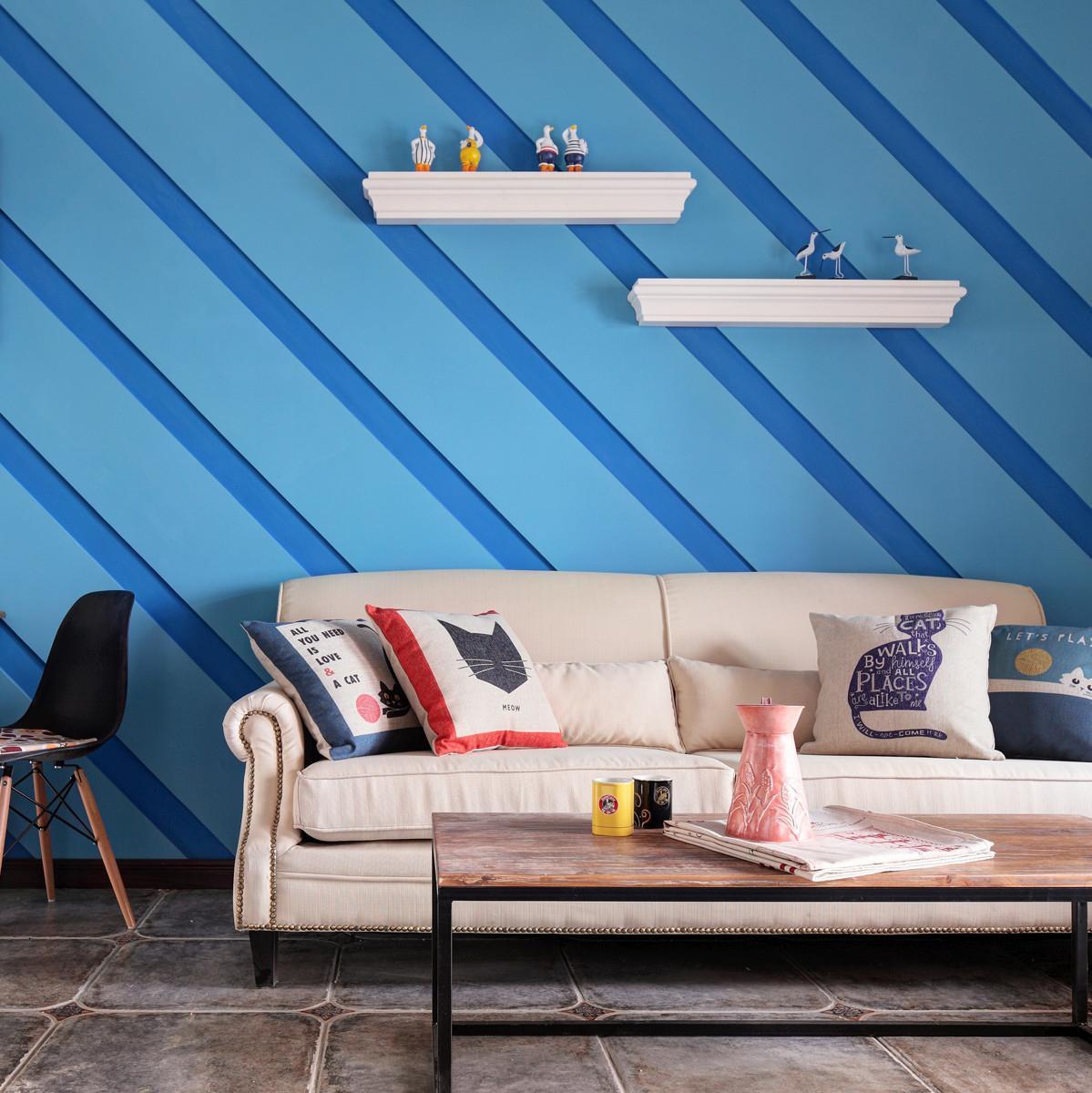 小户型一居装修沙发背景墙图片