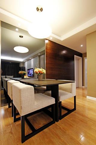 110㎡现代混搭三居装修餐桌椅图片