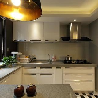 古典优雅别墅装修厨房构造图
