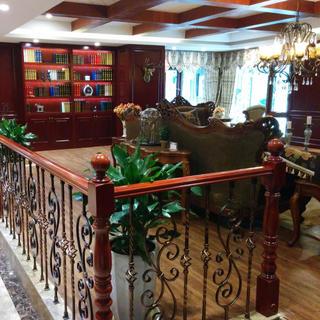 古典美式风格别墅装修实景图