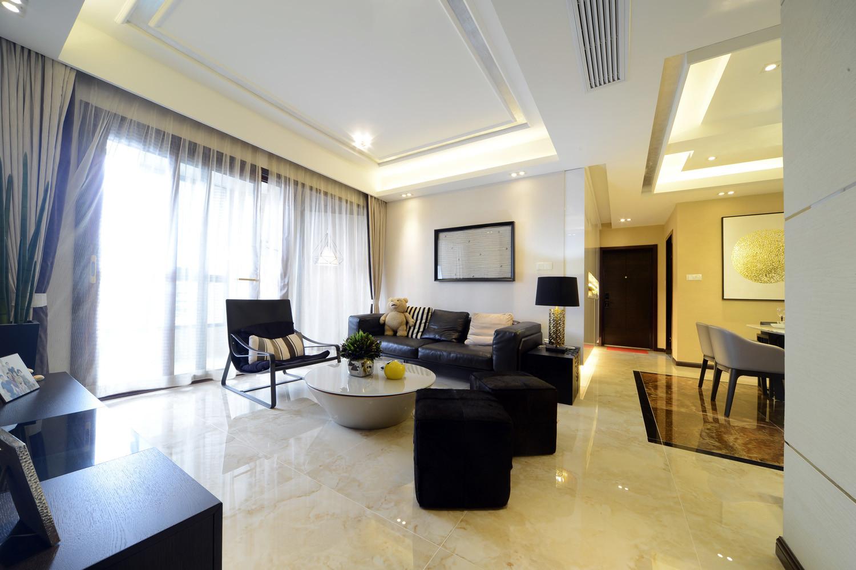 现代简约三居室客厅搭配图