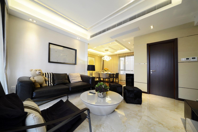 现代简约三居室设计沙发图片