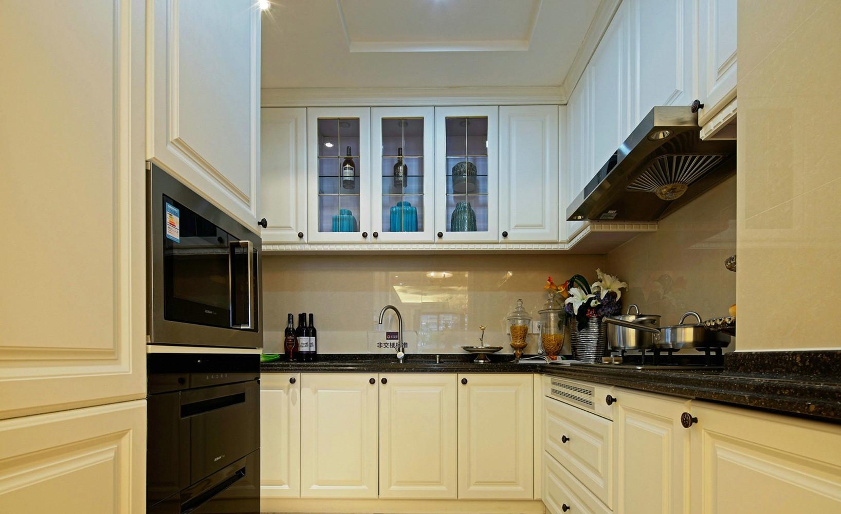 大户型美式风格装修厨房搭配图
