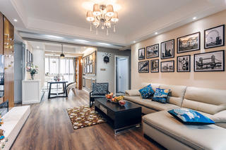 现代简约三居室装修沙发图片
