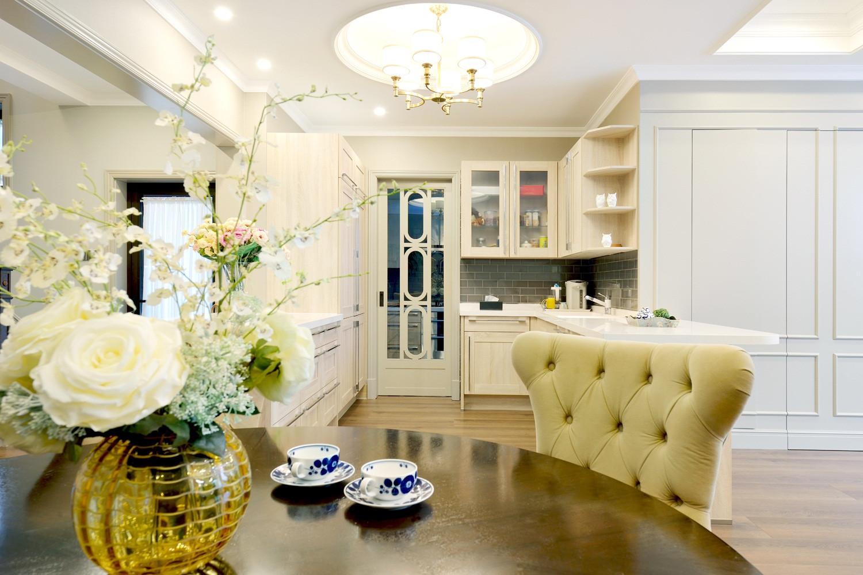 自然温馨美式别墅装修花瓶饰品