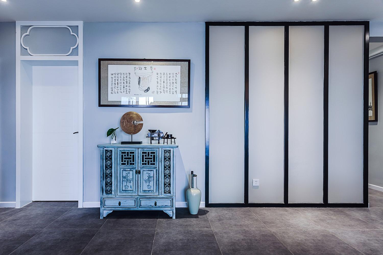 160㎡新中式风格装修玄关柜摆件