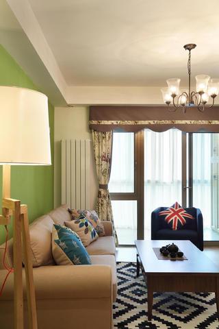 80平两居室装修沙发图片