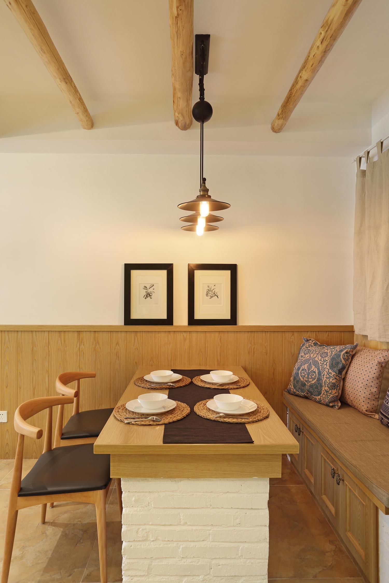 80平两居室装修餐厅效果图