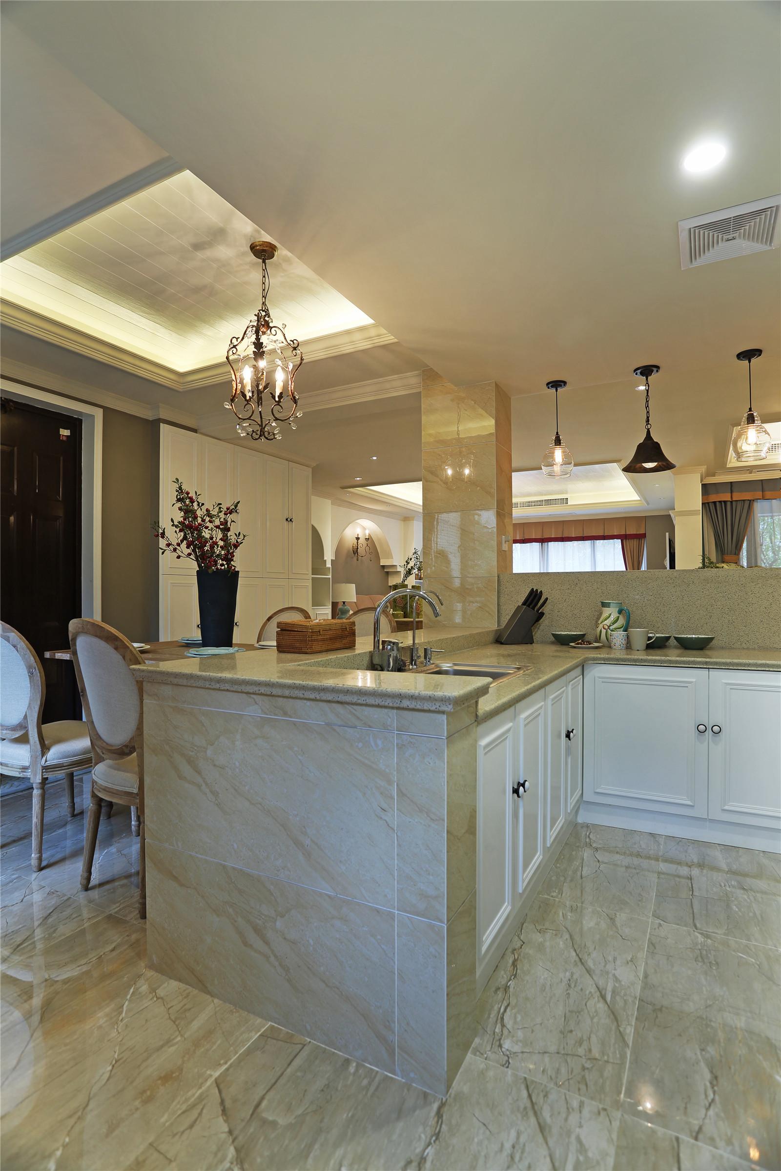 四居室美式风格家厨房设计图