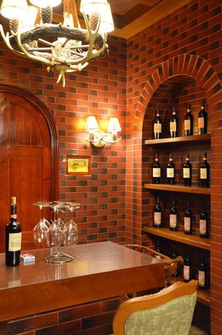 经典欧式风别墅装修红酒区