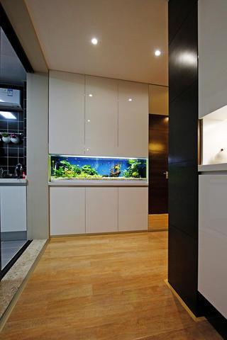 110㎡现代混搭三居装修鱼缸设计