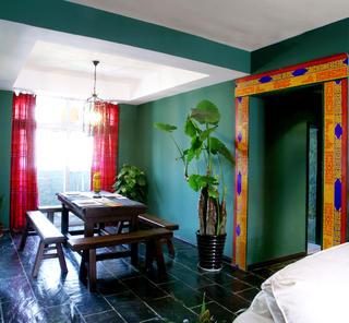 120平东南亚三居装修餐厅设计图