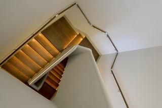 美式混搭别墅装修楼梯设计