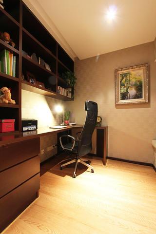 现代四居室装修书房布置图