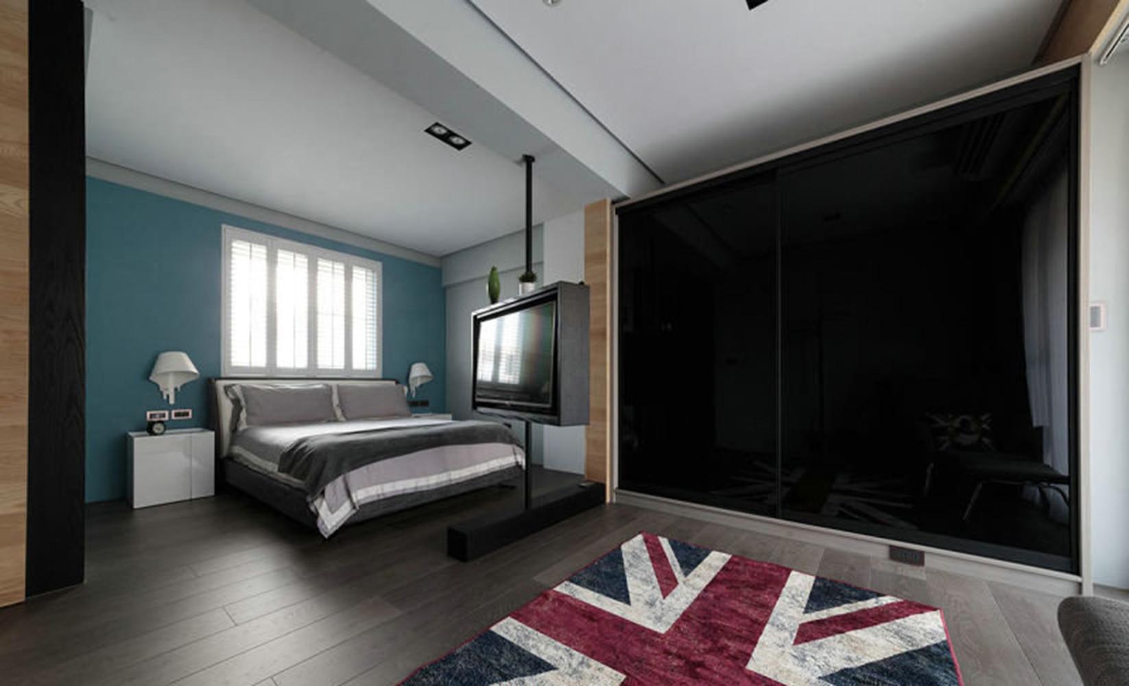80㎡混搭两居室装修衣柜图片