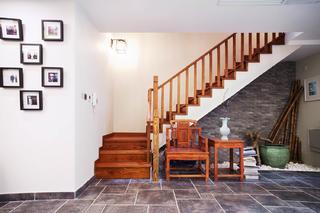 混搭四居室装修楼梯设计