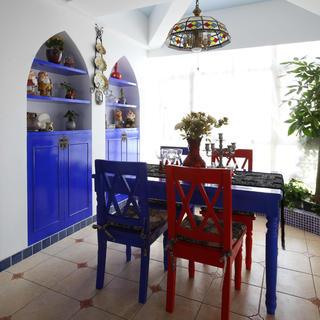 地中海三居装修设计 红蓝对撞