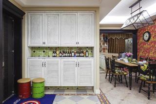 123平美式三居室装修鞋柜图片
