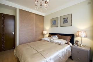 90平现代中式三居装修客卧布置图