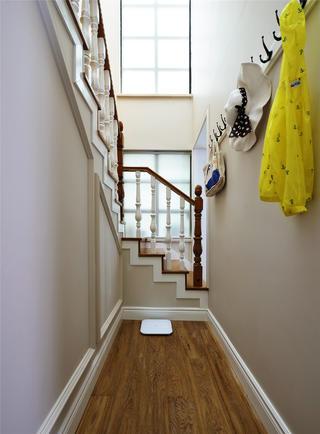 大户型美法混搭装修楼梯间设计