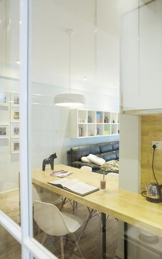 北欧风格三居装修餐桌图片