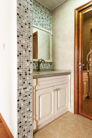 简约美式混搭之家浴室柜图片