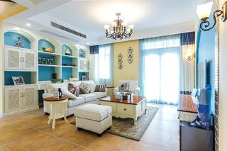 三居室地中海风格家客厅吊顶