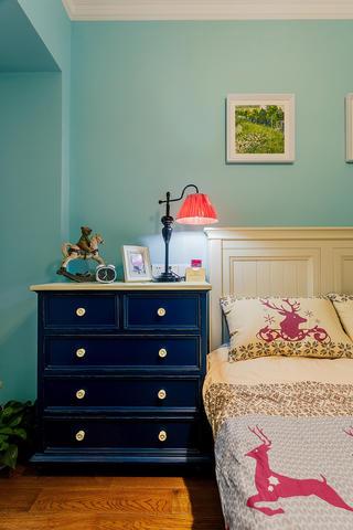 100平混搭风格家床头柜图片