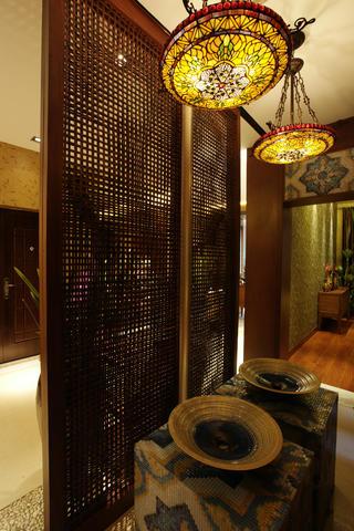 120㎡东南亚风格装修玄关设计图