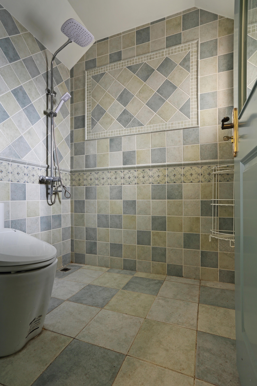 110㎡三居室美式装修卫生间装潢图