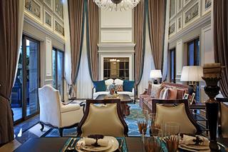 高贵奢华欧式别墅装修沙发背景墙设计