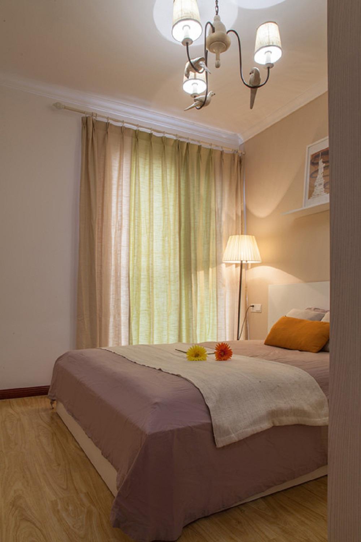 小户型彩色宜家混搭装修卧室布置图