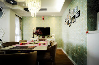 100平现代简约两居室装修餐厅背景墙图片
