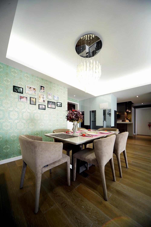 100平现代简约两居室装修餐厅吊顶设计