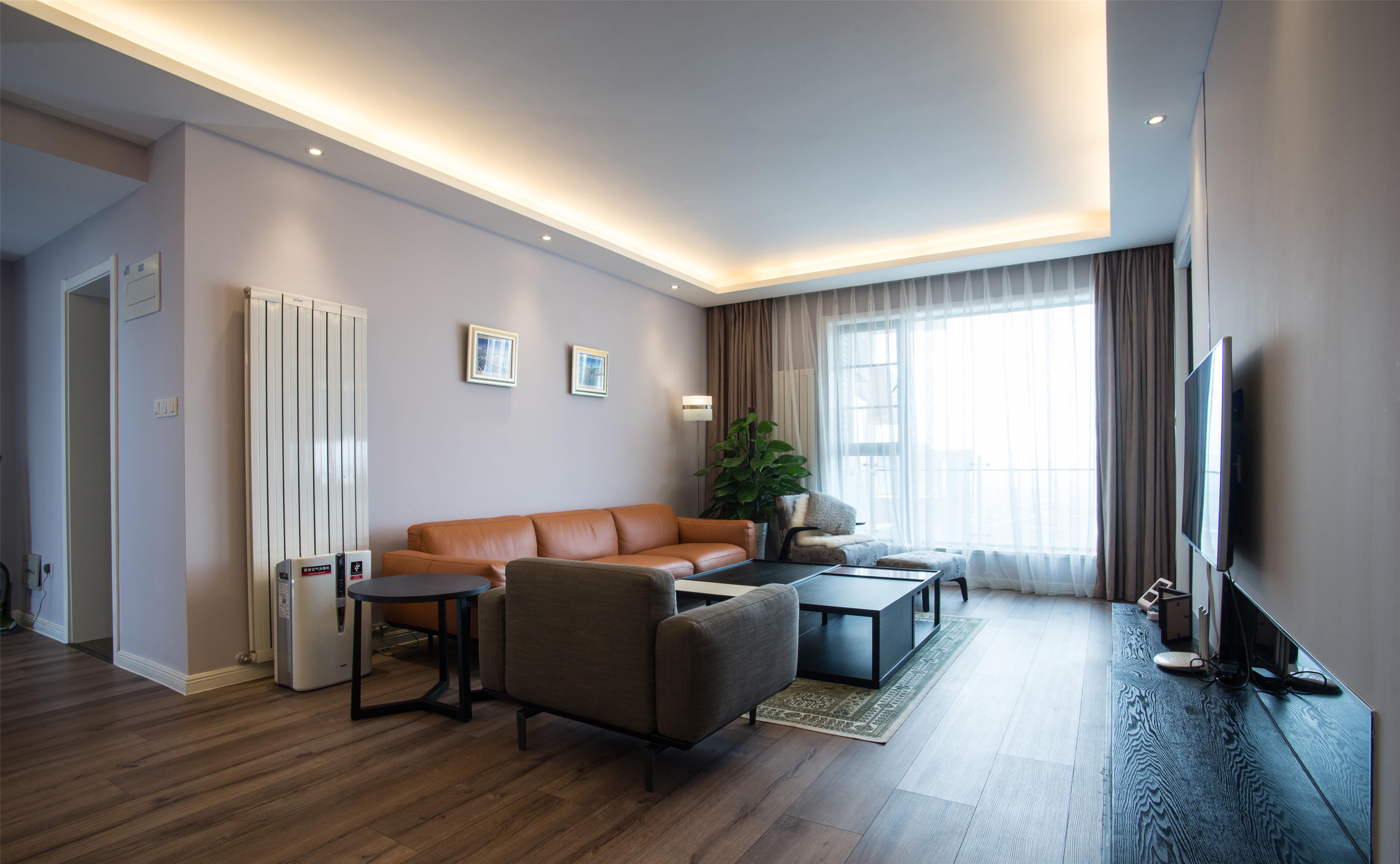 170平三居装修客厅设计图