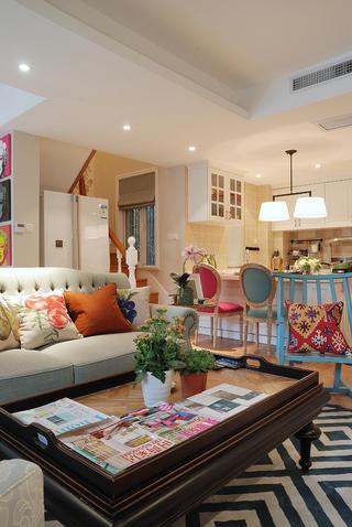 140平复式三居室装修沙发图片