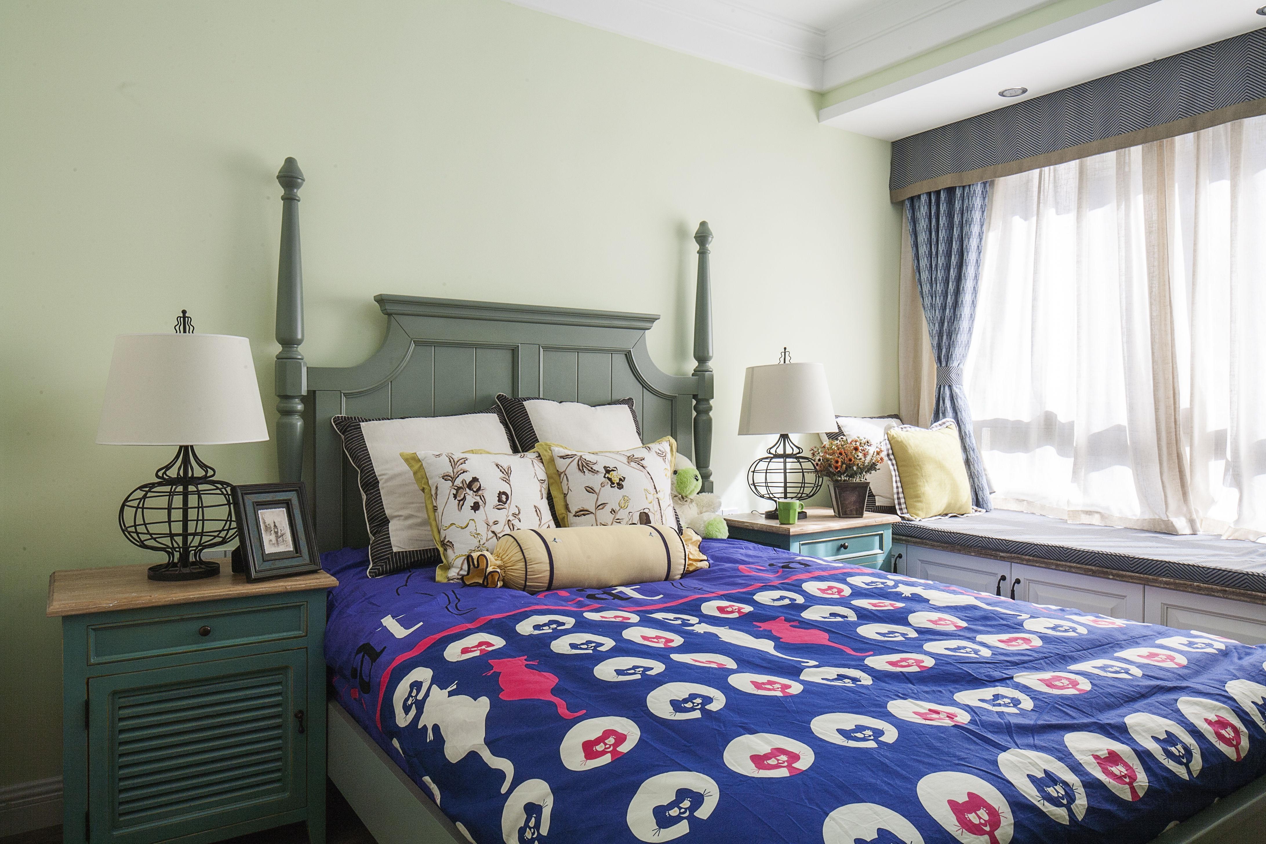 美式田园风格家卧室背景墙图片