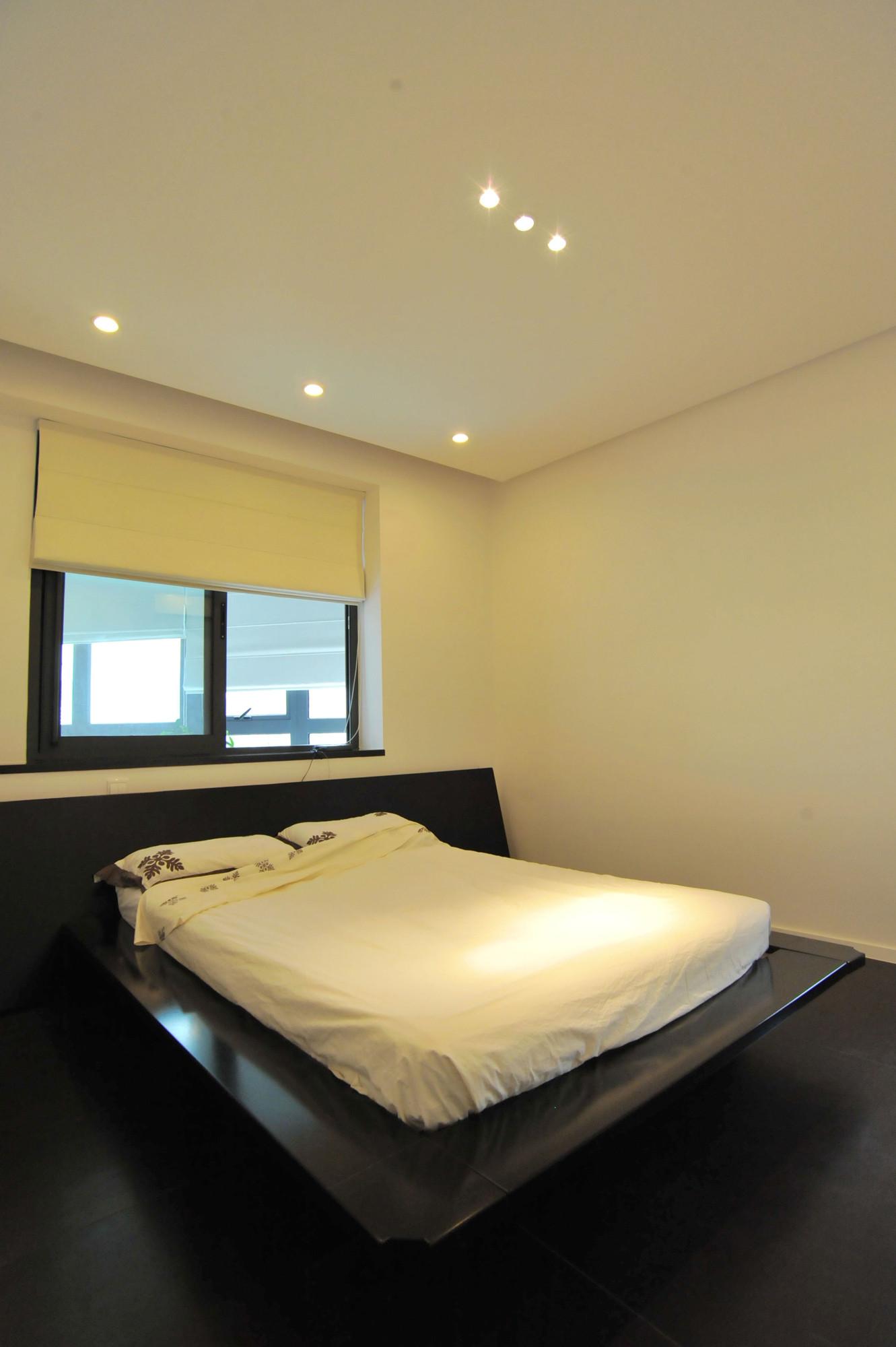 现代简约大户型设计卧室效果图