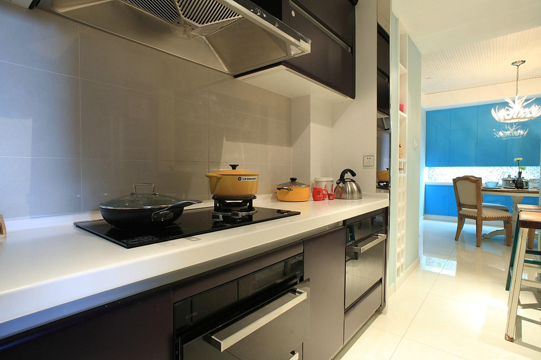 混搭风格三居室厨房搭配图