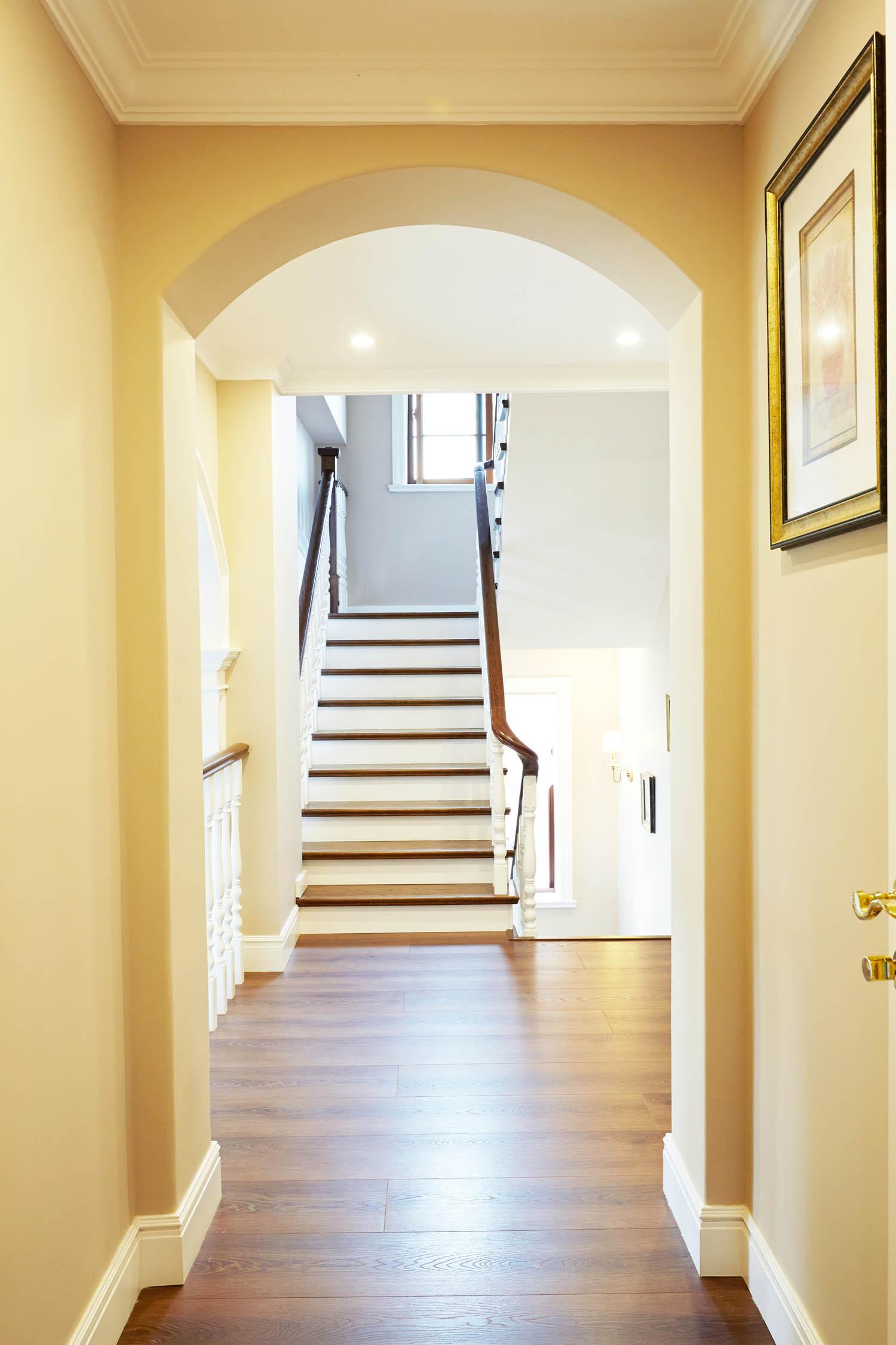 美式风格别墅走廊图片